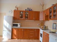 kuchyň (Prodej komerčního objektu 620 m², Dymokury)