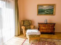 obývák (Prodej domu v osobním vlastnictví 512 m², Říčany)