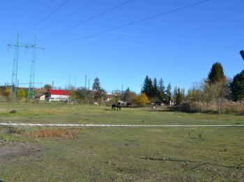 pohled na pozemek - Prodej pozemku 13051 m², Praha 9 - Běchovice