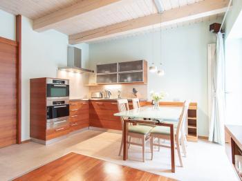 kuchyně s jídelnou - Prodej bytu 3+kk v osobním vlastnictví 86 m², Horní Maršov