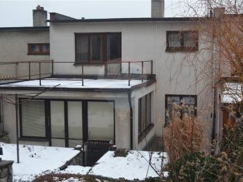 celkový pohled - Prodej domu v osobním vlastnictví 180 m², Lipůvka