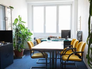 Pronájem kancelářských prostor 631 m², Praha 5 - Radotín