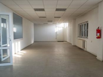 Pronájem kancelářských prostor 542 m², Praha 5 - Radotín