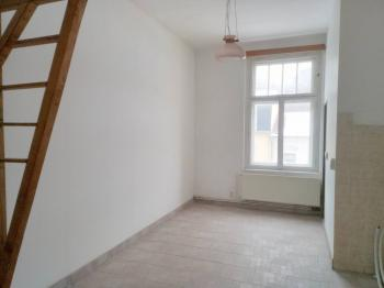 kuchyň - Prodej bytu 3+1 v osobním vlastnictví 88 m², Karlovy Vary