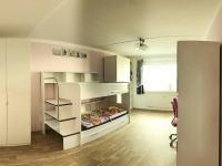 Dětský pokoj - Prodej bytu 3+1 v osobním vlastnictví 73 m², Praha 4 - Libuš
