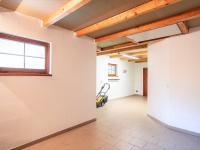 garáž s pracovnou a WC - Prodej domu v osobním vlastnictví 274 m², Tuklaty