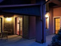podvečer na terase - Prodej domu v osobním vlastnictví 274 m², Tuklaty