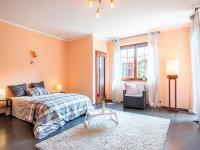 1NP ložnice - Prodej domu v osobním vlastnictví 274 m², Tuklaty