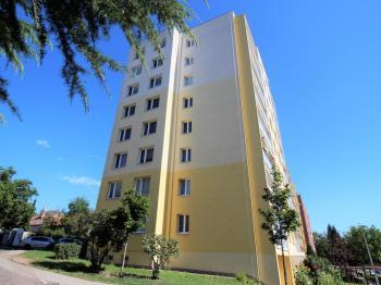 pohled na dům - Prodej bytu 2+kk v osobním vlastnictví 43 m², Brandýs nad Labem-Stará Boleslav