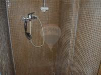koupelna 2 - Prodej domu v osobním vlastnictví 166 m², Kostelec nad Labem