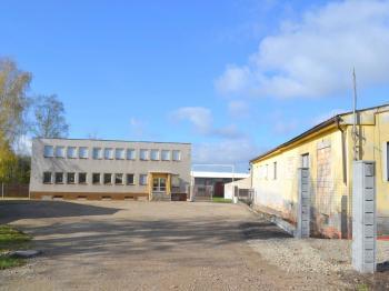 administrativní a sociální budovy - Prodej komerčního objektu 34000 m², Břasy