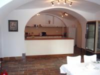 21 (Pronájem historického objektu 2400 m², Zalužany)