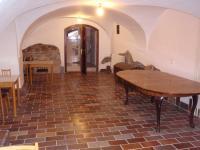 18 (Pronájem historického objektu 2400 m², Zalužany)