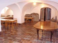 19 (Pronájem historického objektu 2400 m², Zalužany)