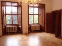 14 (Pronájem historického objektu 2400 m², Zalužany)