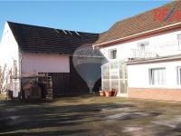 Prodej výrobních prostor 530 m², Horní Počaply