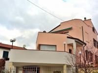 Prodej domu v osobním vlastnictví, 365 m2, San Lorenzo