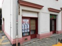 Prodej obchodních prostor 70 m², Adamov