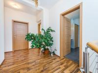 Galerie 2. NP (Prodej domu v osobním vlastnictví 197 m², Sibřina)
