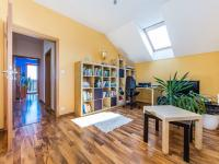 Pracovna 2. NP (Prodej domu v osobním vlastnictví 197 m², Sibřina)