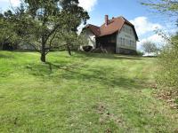 Zahrada (Prodej domu v osobním vlastnictví 245 m², Pohoří)