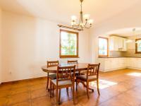 Jídelna (Prodej domu v osobním vlastnictví 227 m², Třebotov)