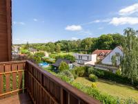 Výhled z balkónu v patře (Prodej domu v osobním vlastnictví 227 m², Třebotov)