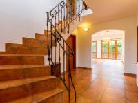 Vstupní hala (Prodej domu v osobním vlastnictví 227 m², Třebotov)