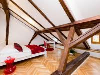 Prodej bytu 2+kk v osobním vlastnictví 126 m², Praha 1 - Malá Strana