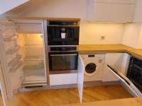 kompletně vybavené (Prodej bytu 2+kk v osobním vlastnictví 45 m², Praha 5 - Smíchov)
