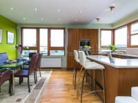 kuchyňský kout (Prodej bytu 2+kk v osobním vlastnictví 132 m², Praha 10 - Záběhlice)