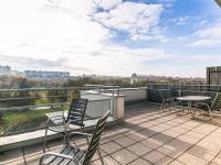 terasa s výhledem (Prodej bytu 2+kk v osobním vlastnictví 132 m², Praha 10 - Záběhlice)