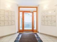 Vstupní hala domu - Prodej bytu 4+kk v osobním vlastnictví 141 m², Praha 10 - Vršovice