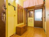 Předsíň (Prodej bytu 3+kk v družstevním vlastnictví 56 m², Praha 8 - Bohnice)
