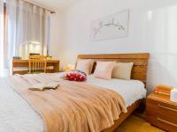 Ložnice / dětský pokoj 1 (Prodej bytu 4+kk v osobním vlastnictví 153 m², Praha 9 - Hloubětín)