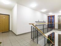 Chodba v domě (Prodej bytu 4+kk v osobním vlastnictví 153 m², Praha 9 - Hloubětín)