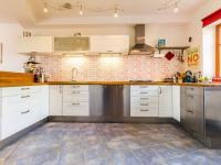 Prodej domu v osobním vlastnictví 144 m², Obříství