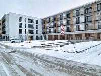 Vnitroblok s parkovacími stáními (Pronájem bytu 1+kk v osobním vlastnictví 29 m², Plzeň)