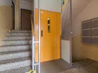 Společné prostory v domě (Prodej bytu 3+1 v družstevním vlastnictví 60 m², Praha 4 - Kamýk)