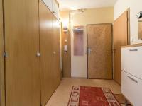 Předsíň (Prodej bytu 3+1 v družstevním vlastnictví 60 m², Praha 4 - Kamýk)
