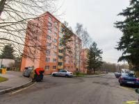 Pohled na dům (Prodej bytu 3+1 v družstevním vlastnictví 60 m², Praha 4 - Kamýk)