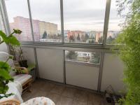 Zasklená lodžie (Prodej bytu 3+1 v družstevním vlastnictví 60 m², Praha 4 - Kamýk)