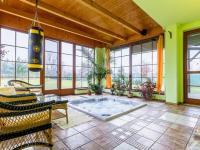 Prodej domu v osobním vlastnictví, 487 m2, Úžice