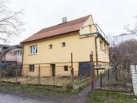 Pohled na dům (Prodej domu v osobním vlastnictví 163 m², Praha 6 - Ruzyně)