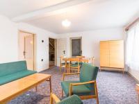 1. místnost v podkroví (Prodej domu v osobním vlastnictví 163 m², Praha 6 - Ruzyně)