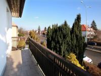 pohled z balkonu - Prodej domu v osobním vlastnictví 285 m², Praha 8 - Dolní Chabry