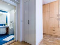 Prodej bytu 2+1 v osobním vlastnictví 63 m², Praha 7 - Holešovice