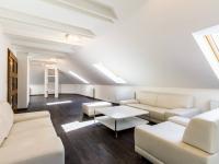 Obývací pokoj (Prodej bytu 4+kk v osobním vlastnictví 173 m², Praha 5 - Smíchov)