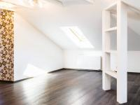 Jídelní kout (Prodej bytu 4+kk v osobním vlastnictví 173 m², Praha 5 - Smíchov)