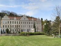 Škola Radlice  (Prodej bytu 4+kk v osobním vlastnictví 173 m², Praha 5 - Smíchov)